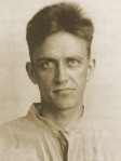 Earl Browder-earl-prison1917_Wikipedia